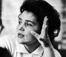 Les révélations de la cosmonaute Marina Popovitch Marina-Popovich02