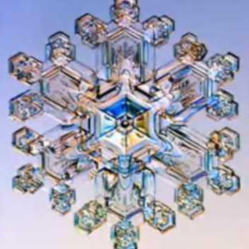 Les extraordinaires découvertes de Masaru Emoto Emoto-crystal